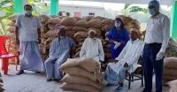 আমতলীতে জেলে ও কর্মহীনদের খাদ্য সহায়তা প্রদান