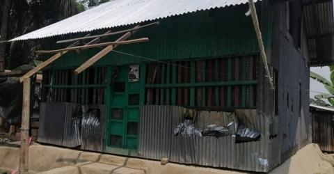 বরগুনায় পারিবারিক শত্রুতার জের ধরে বসতবাড়ী ভাংচুর ও লুটপাট